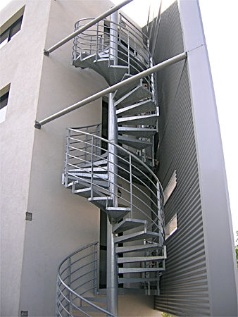 Spiral stairs and rails since 2004 home - Escalier colimacon aluminium ...